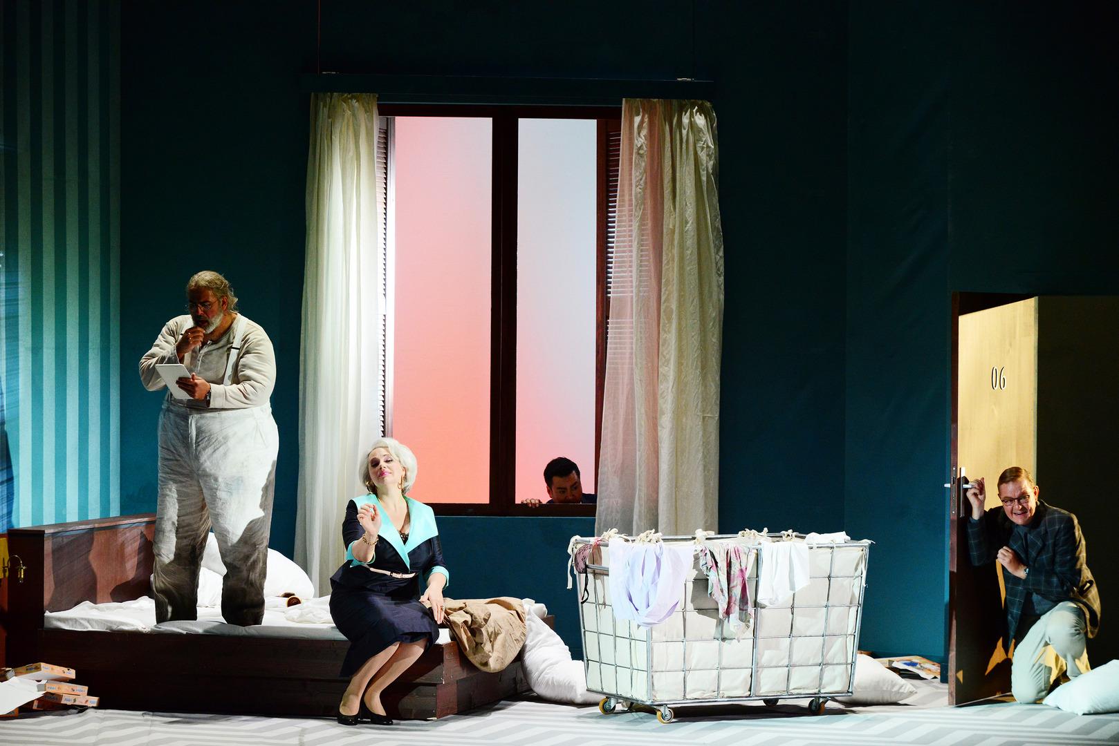 Falstaff-Opera-by-Giuseppe-Verdi-directed-by-Jacopo-Spirei- in-Karlsruhe-9