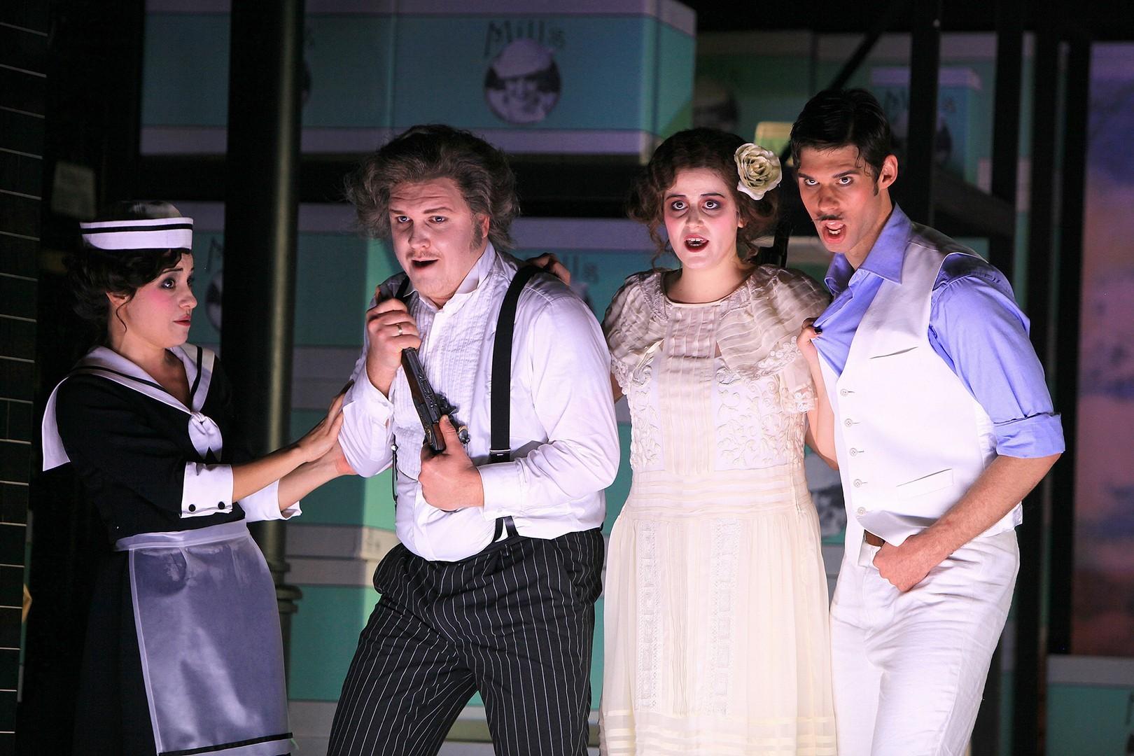 Cambiale-di-matrimonio-Opera-directed-by-Jacopo-Spirei-11