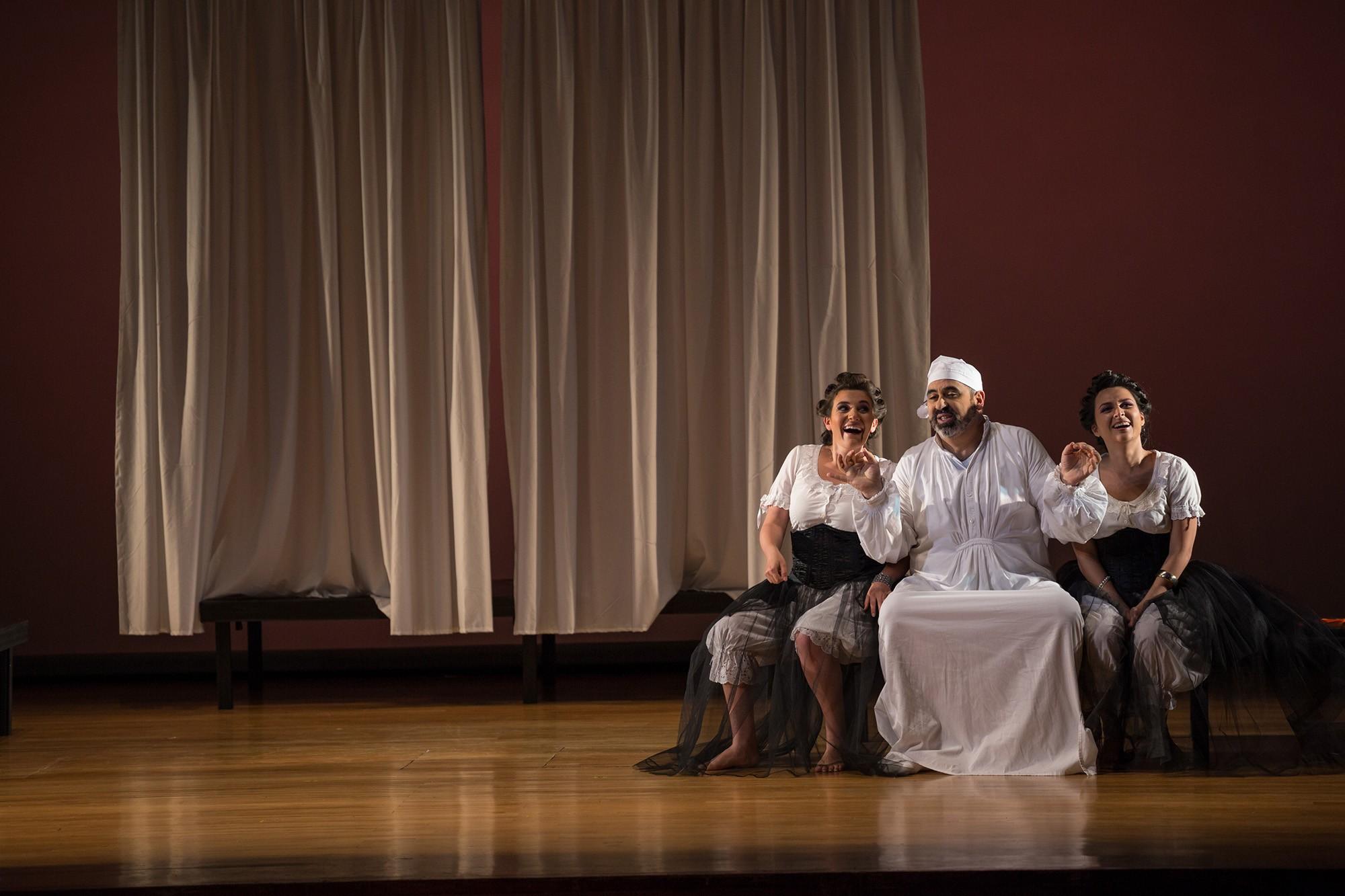 Cenerentola-Opera-directed-by-Jacopo-Spirei-4
