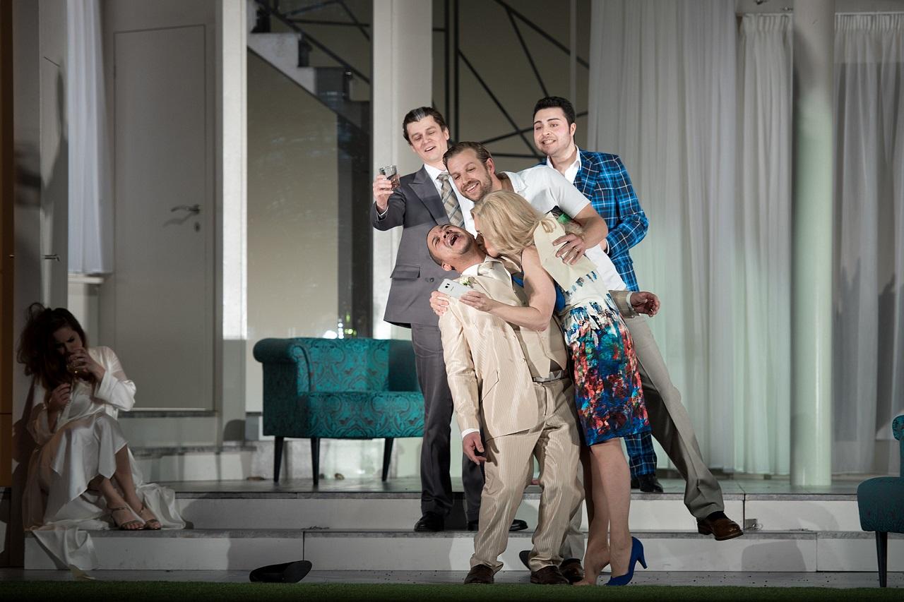 Le-Nozze-di-Figaro-Opera-by-Mozart-Opera-Director-Jacopo-Spirei-Salzburger-Landestheater-2018-11
