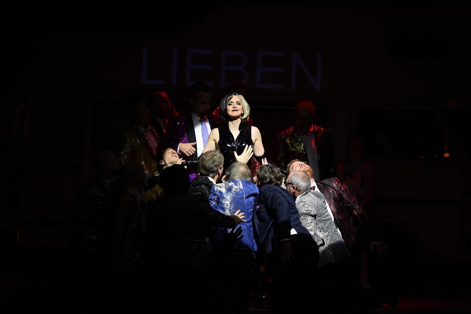 Mahagonny-Opera-by-Kurt-Weill-Stage-director-Jacopo-Spirei-Salzburg-15